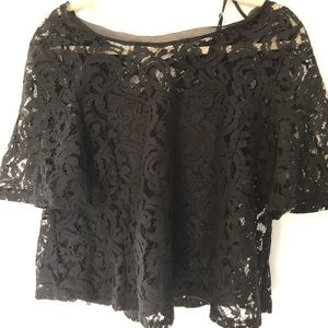 Splendid lace black top